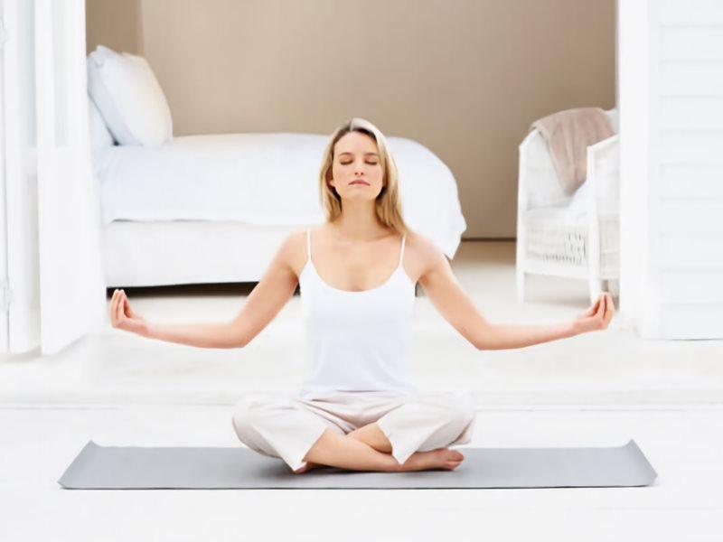 Como-practicar-Yoga-en-casa