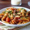 Plumitas y Passata de Tomate Mary con carne